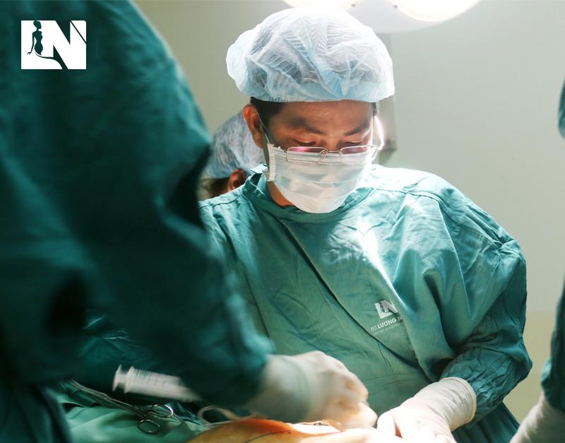 Hãy tìm hiểu thật kỹ về người bác sĩ thực hiện thẩm mỹ